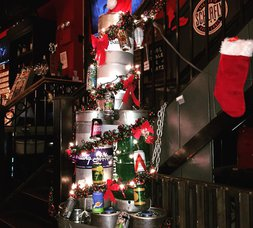 LICP News: Get Festive & Shop In LIC This Weekend; 7th Annual Food Drive; REDC Awards Announced